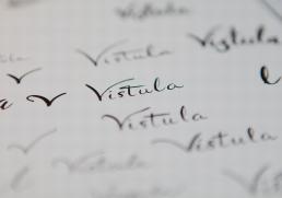 Design af håndskrevet logo - skitser